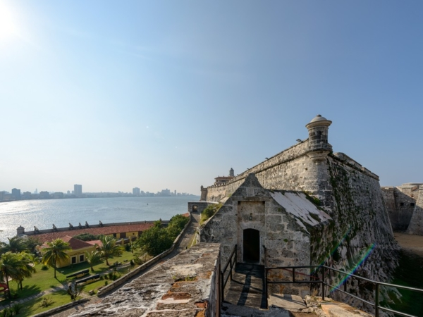 """""""Colonial and Modern Havana"""" City Tour"""