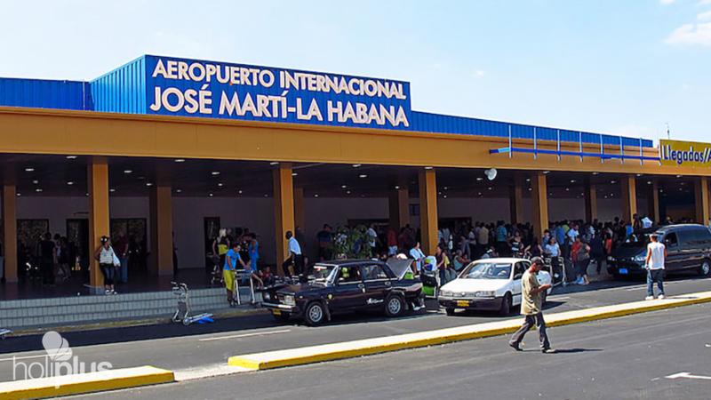 """Reservar """"Servicio del Salón VIP Aeropuerto Internacional José Martí, La  Habana, terminal 2"""". Salida desde BOYEROS."""