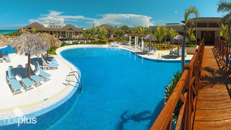 Reserva Online El Hotel Golden Tulip Aguas Claras Resort