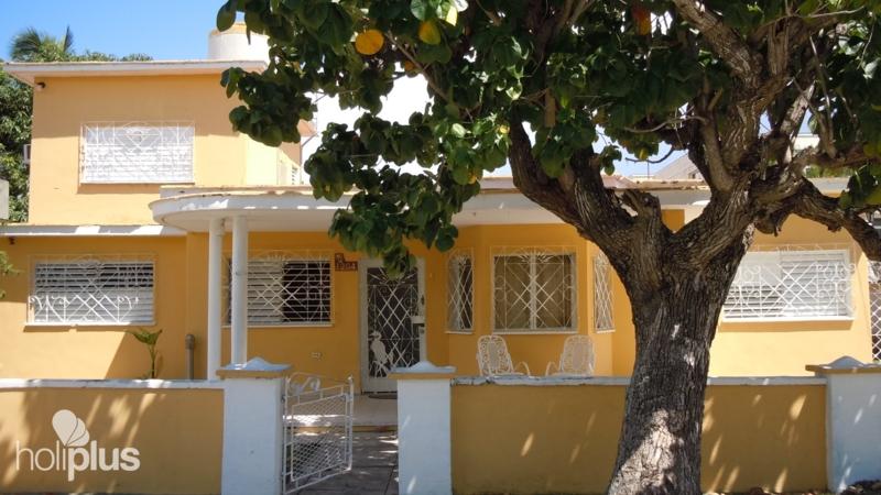 Reservar online la casa amarilla calle 39 no 1204 for La casa amarilla banos