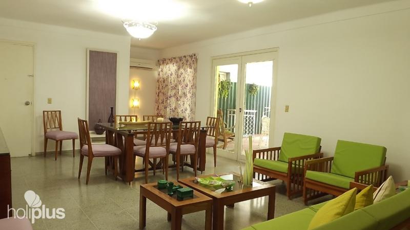 r servez en ligne casa dari calle 38 no 707 miramar havana cuba images profil complet et. Black Bedroom Furniture Sets. Home Design Ideas