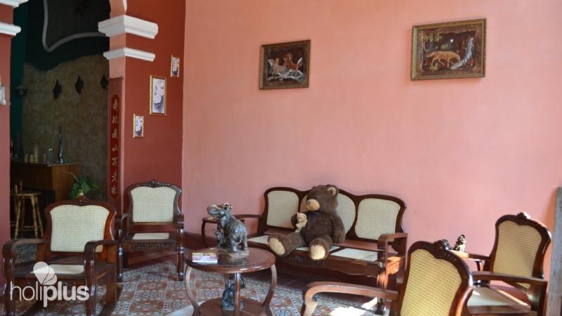 Book online Casa Carmen, CRESPO, No. 111. Centro Habana, Havana ...